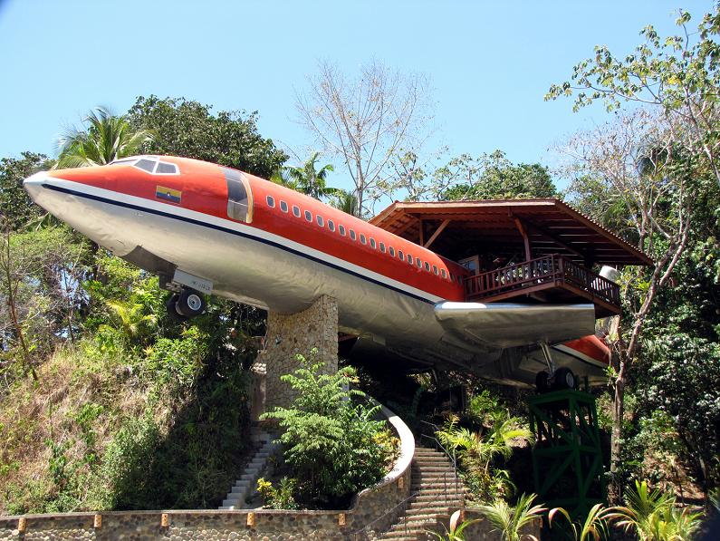 Airplane Hotel Costa Rica