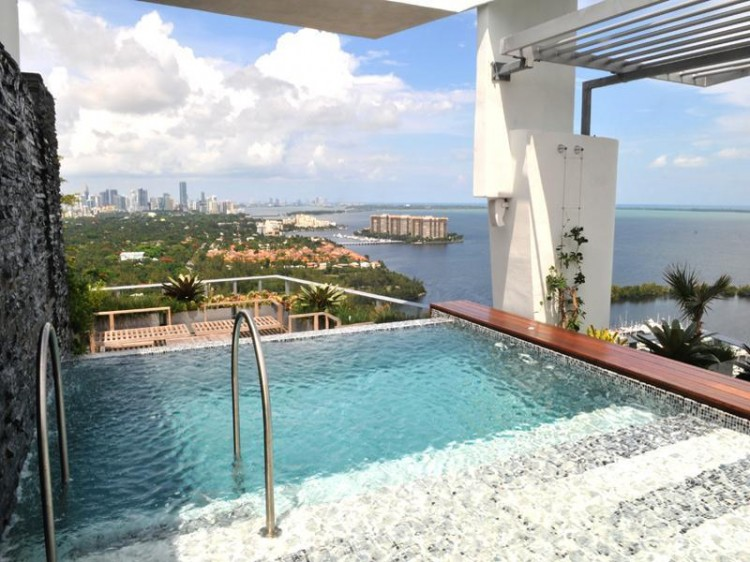 shockblast_13-penthouse-in-miami-grovenor-house_