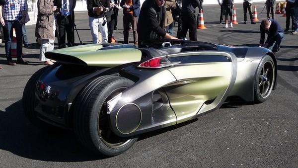 shockblast_Peugeot-EX1-Concept-11_