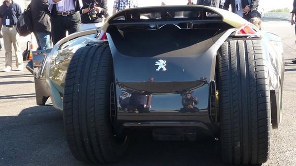 shockblast_Peugeot-EX1-Concept-12_