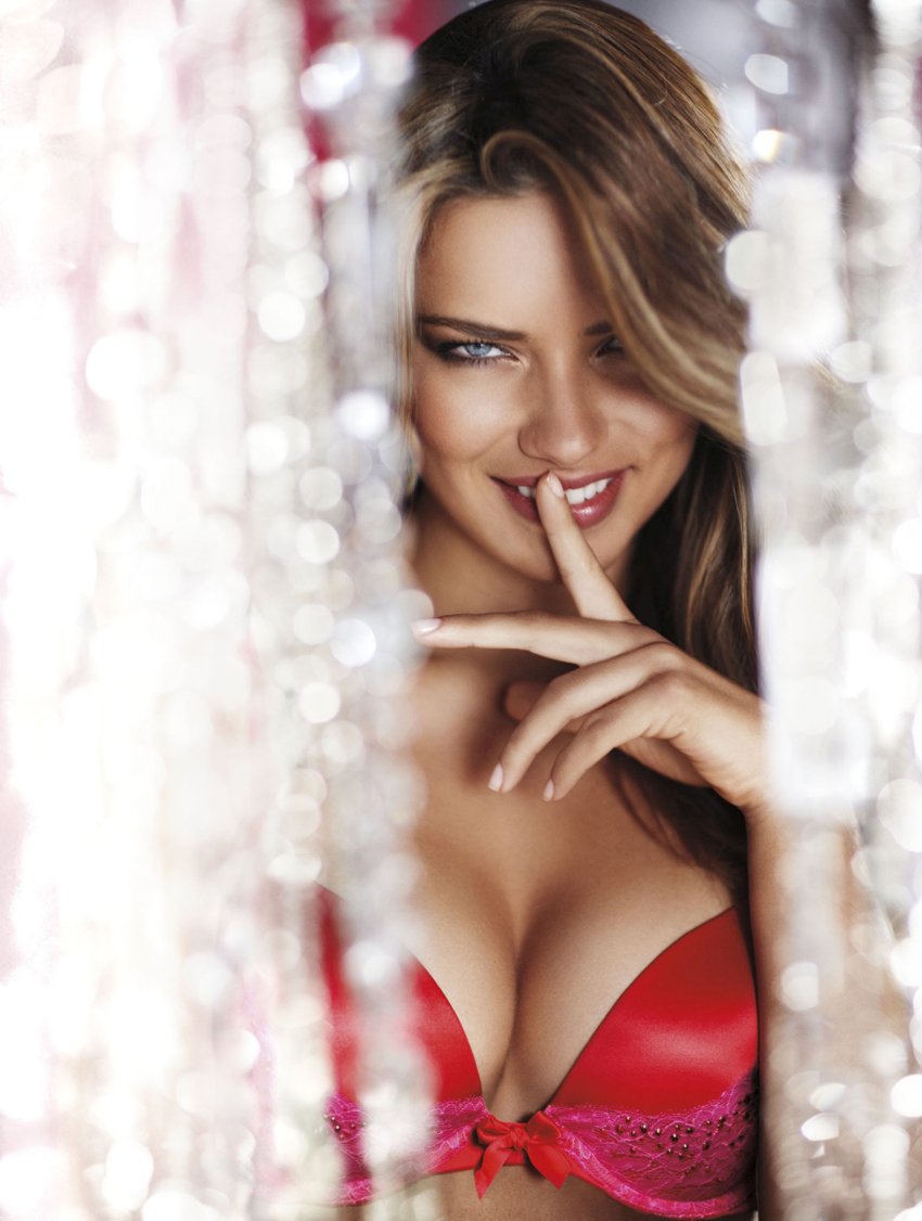 Adriana Lima Victoria Secret Holiday Photoshoot Shockblast Shop Blast Visit
