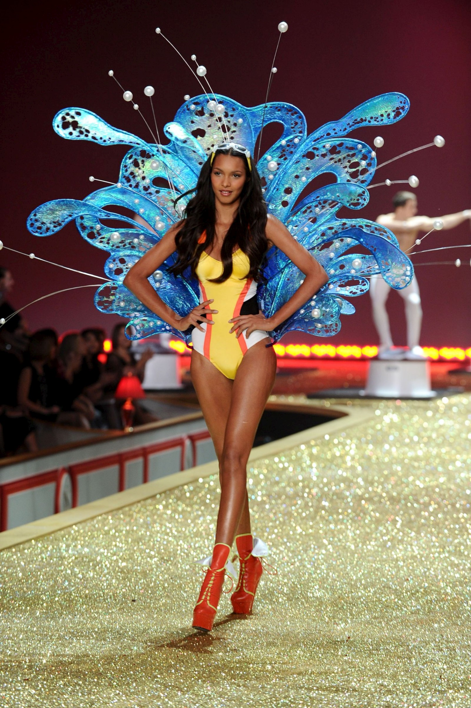 2010 Victoria's Secret Fashion Show Secret Fashion Show
