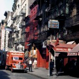 Street-in-New-Yorks-Chinatown-1942(1)