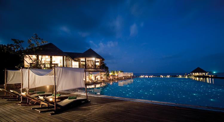 coco palm bodu hithi resort maldives shockblast. Black Bedroom Furniture Sets. Home Design Ideas