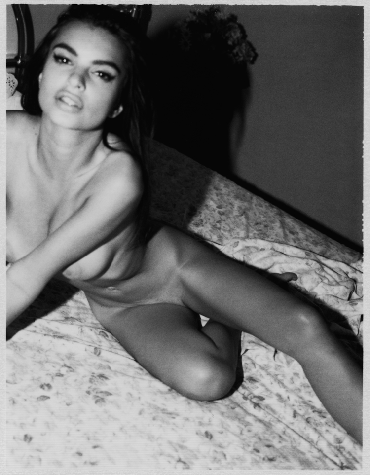 Emily Ratajkowski x Jonathan Leder   photography dailyshit fashion    tits sexy sex natural juicy tits juicy hot Emily Ratajkowski Emily big    ShockBlast