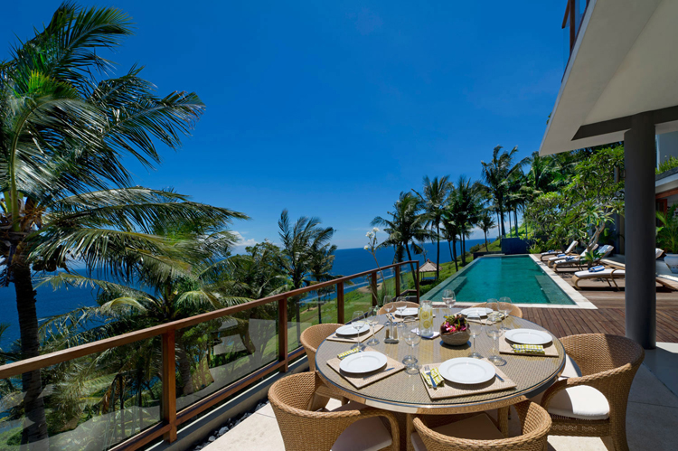 Malimbu Cliff Villa, Indonesia @ ShockBlast