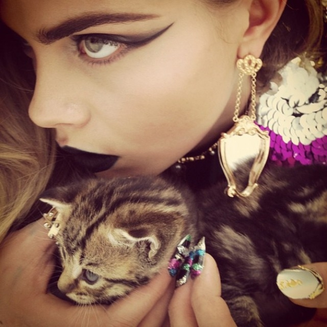 ShockBlast-Cara_Delevingne-Kittents-Nick_Knight-27