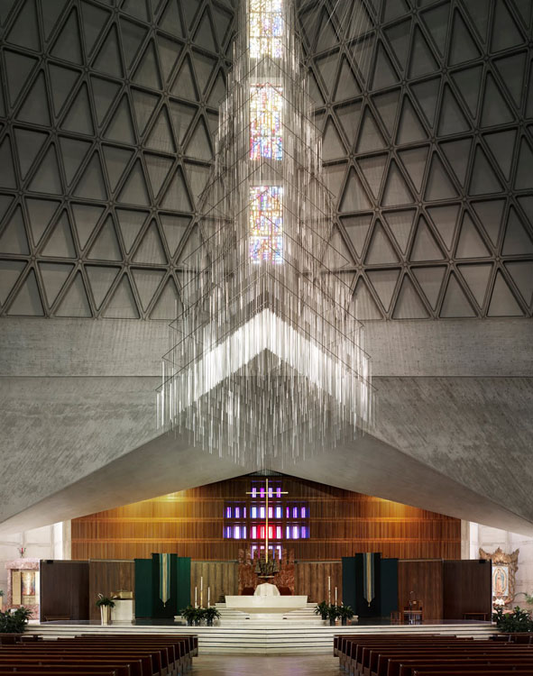 ShockBlast-Modernist-Church-Photography-by-Fabrice-Fouillet-1-727129