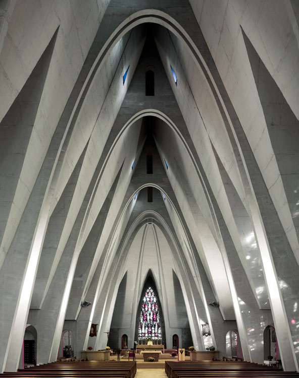 ShockBlast-Modernist-Church-Photography-by-Fabrice-Fouillet-11-415150