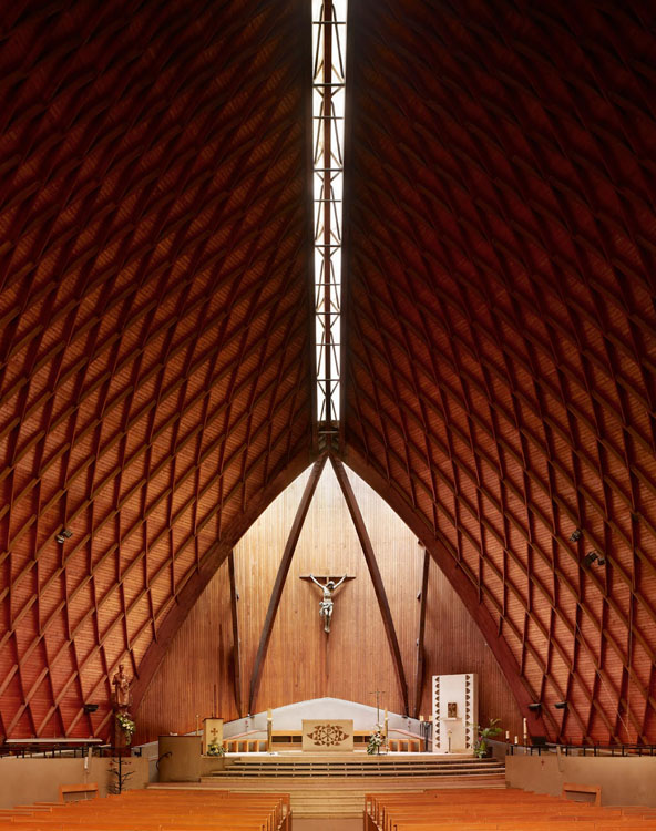 ShockBlast-Modernist-Church-Photography-by-Fabrice-Fouillet-3-623131