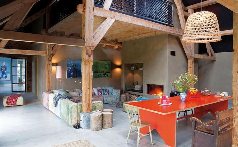 Modern barn in the dutch countryside shockblast for Design semplice casa del fienile
