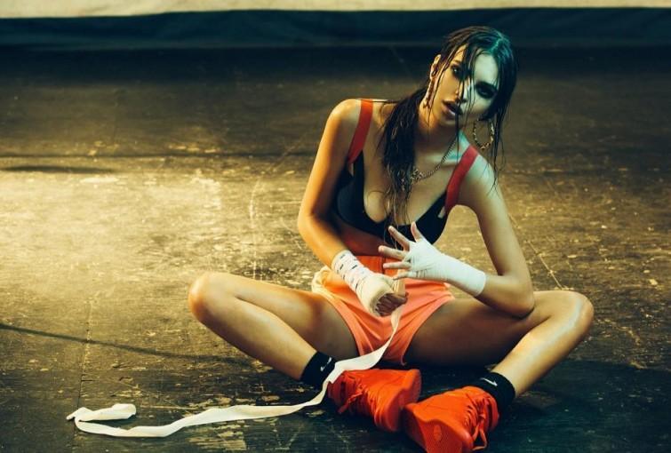 ShockBlast-Emily-Ratajkowski-by-Olivia-Malone-2013-photoshoot-17