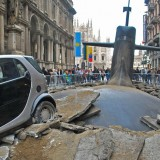 ShockBlast-submarine-emerges-in-milan-06