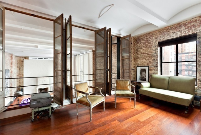 Cozy townhouse loft in soho new york shockblast for Loft soho new york