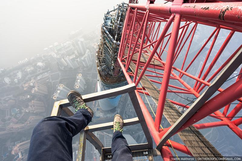 Video Shanghai Tower Climb Shockblast