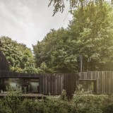 black-wood-house-marmi-architectes-ShockBlast