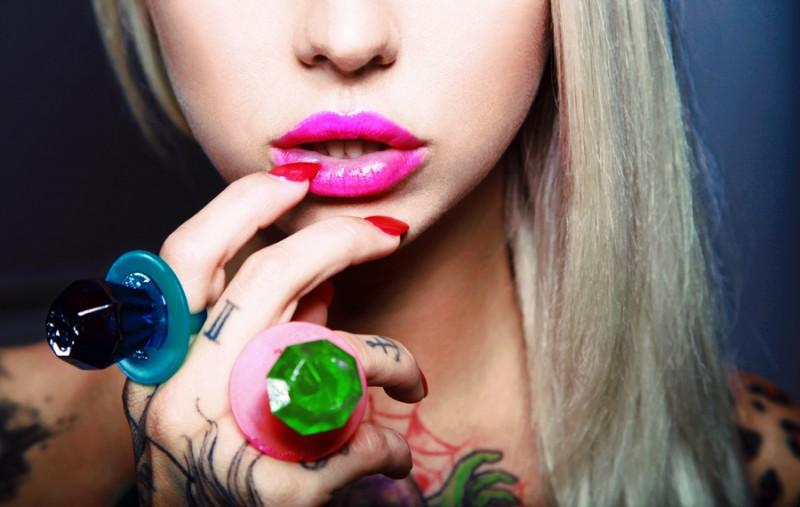 21th_century-Barbie_Kris-Por-ShockBlast-1
