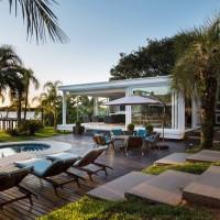 Pool House in Porto Alegre - ShockBlast