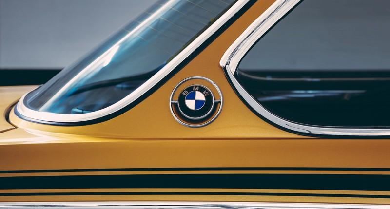BMW_30_csl_1974_gold-ShockBlast-9