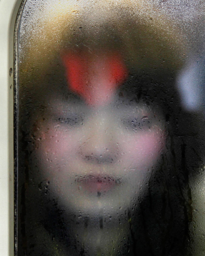 Tokyo_Compression_by_Michael_Wolf-ShockBlast-24