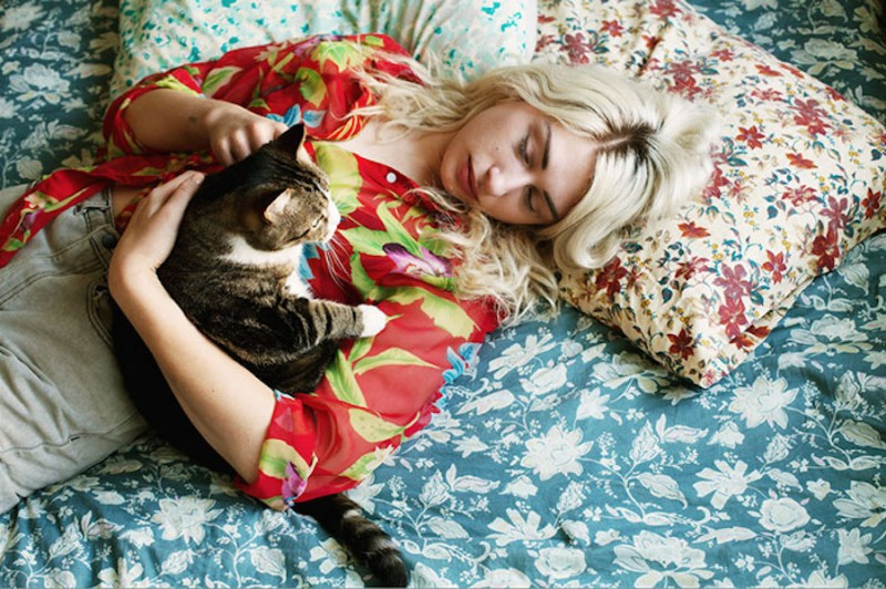 Girls_and_Their_Cats_Photography-BriAnne_Wills-ShockBlast-1