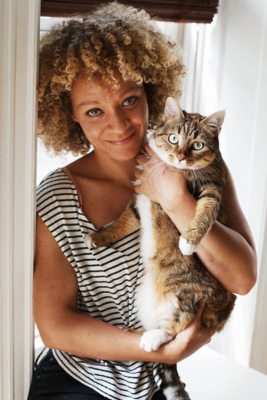 Девушка с котом картинки фото