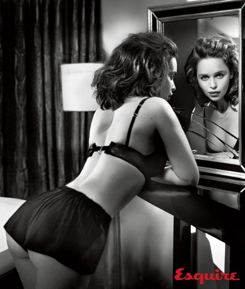 Emilia_Clarke_Esquire_Nov-2015-Vincent_Peters-ShockBlast-12