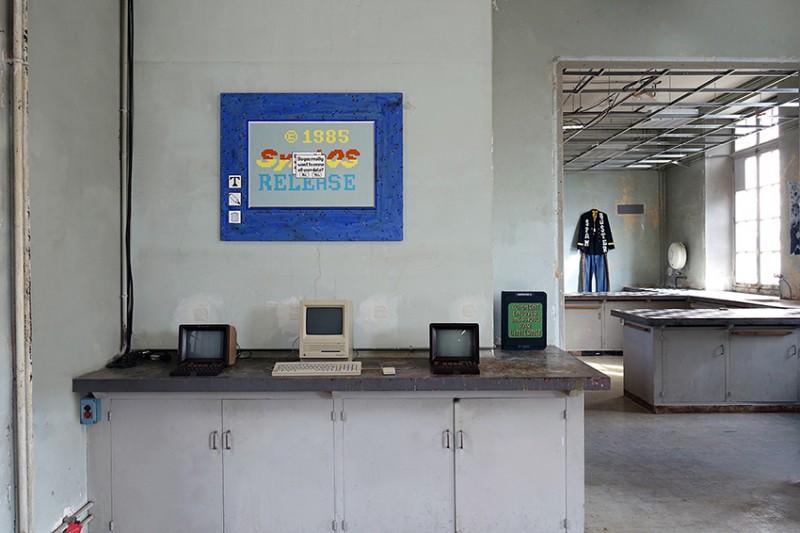 pablo-cots-dapper-cafe-exhibition-mission-pasteur-01-199945-ShockBlast