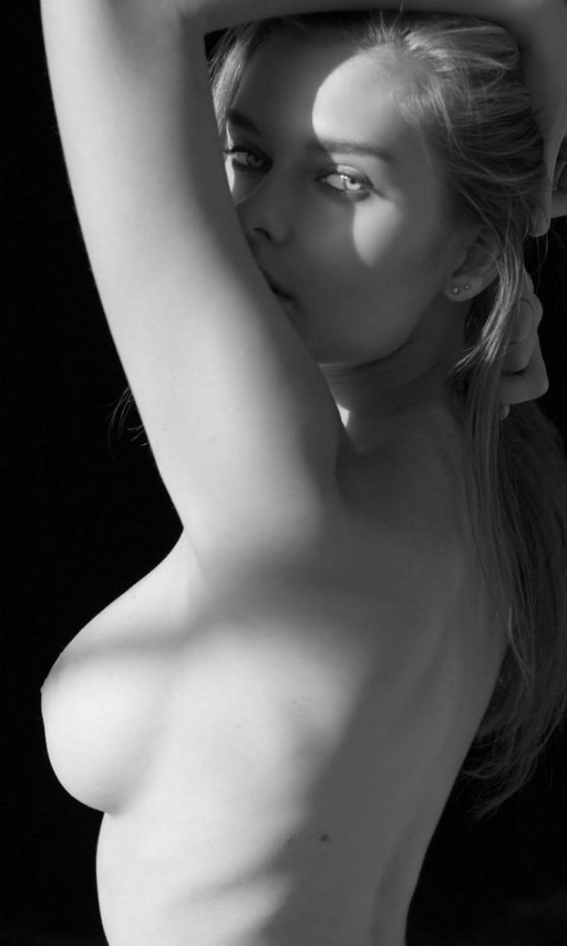 Ana de armas nude sex scene in mentiras y scandalplanetcom - 3 6