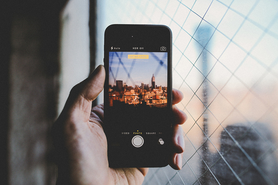 Through-The-Phone-by-SamAlive-ShockBlast-photography-17