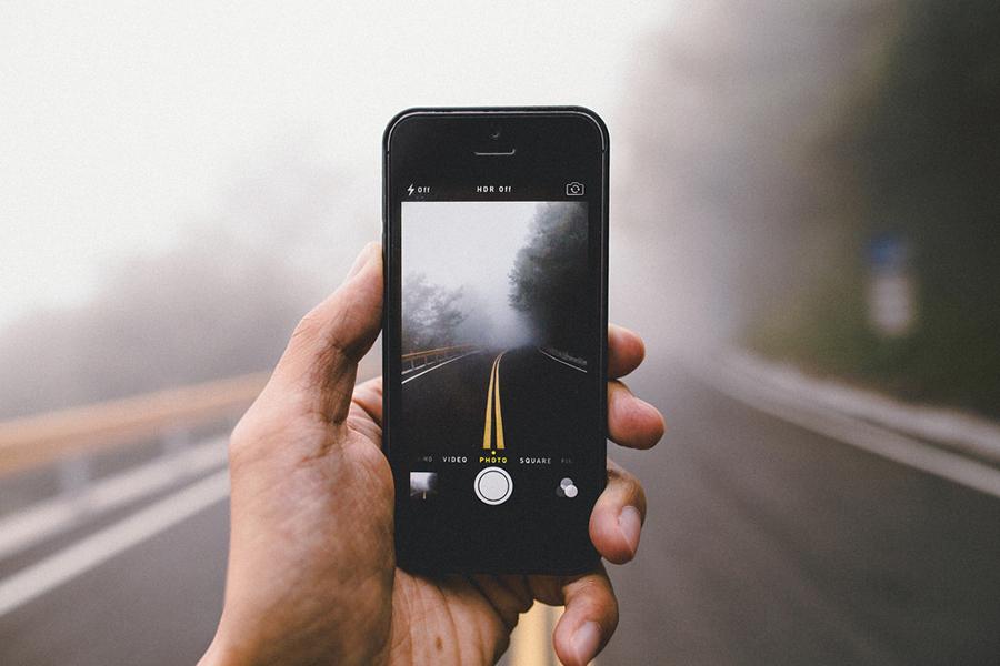 Through-The-Phone-by-SamAlive-ShockBlast-photography-5