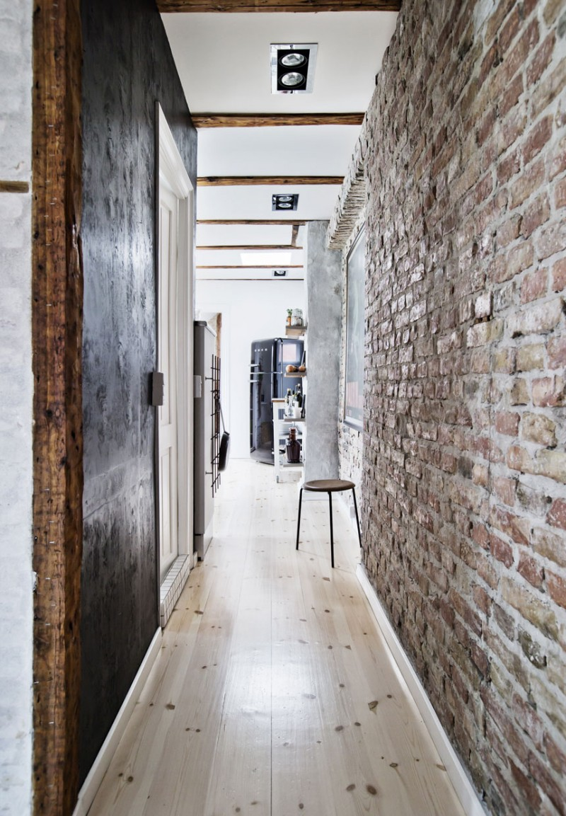 chic-apartment-with-exposed-brick-and-rustic-wood-ShockBlast-6