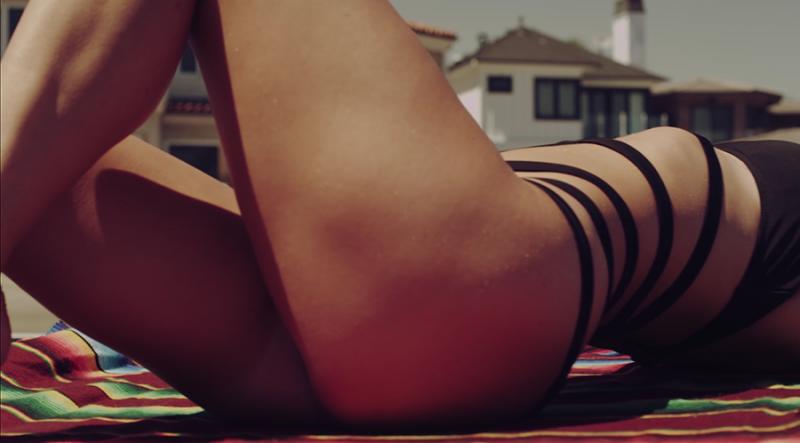 2015-monster-girl-bikini-photoshoot-ShockBlast-12