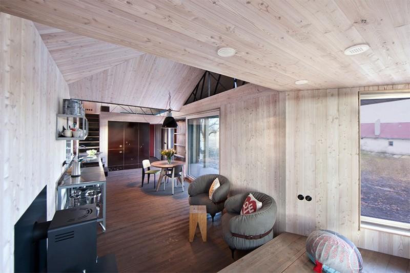 Energy-Efficient-Wooden-House-Zilvar-ShockBlast-6