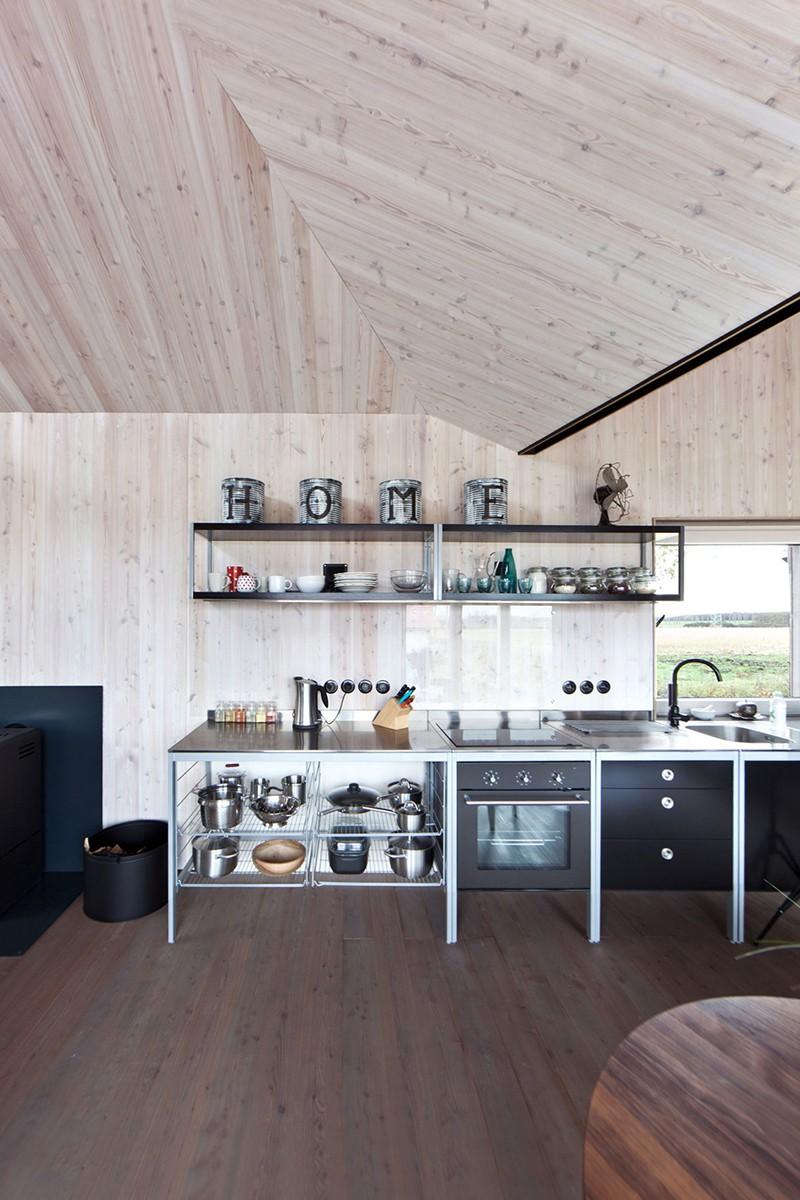 Energy-Efficient-Wooden-House-Zilvar-ShockBlast-9
