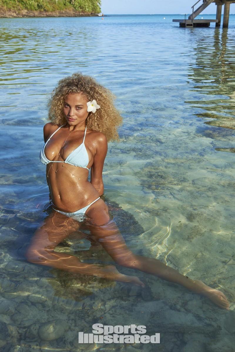 Stephanie_Rose_Bertram–Sports_Illustrated_Swimsuit_Issue_2016-ShockBlast-12