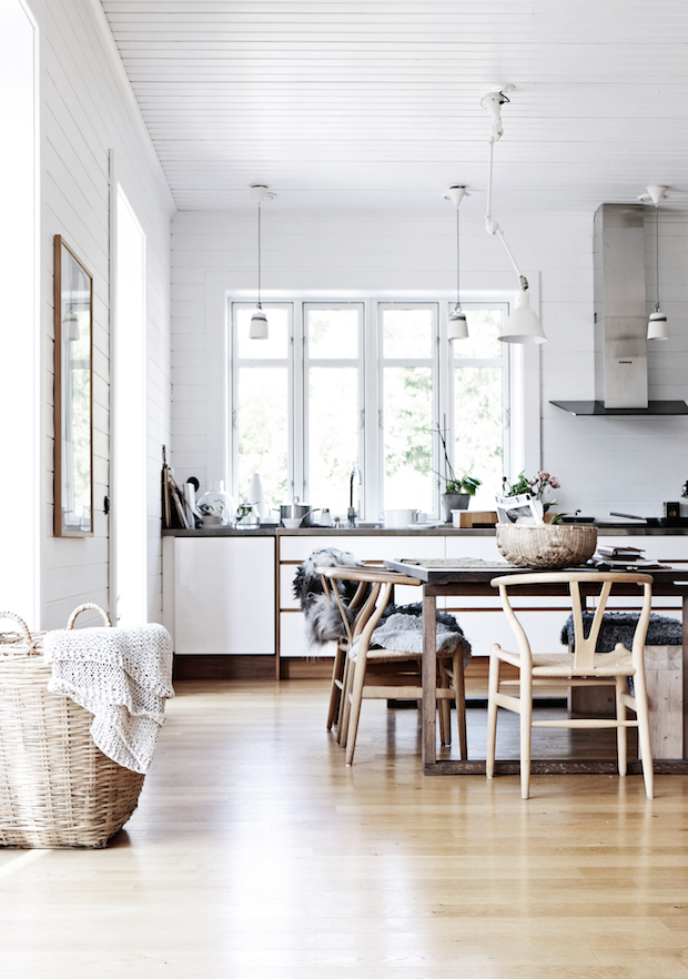 cosy-swedish-home-with-vintage-touches-ShockBlast-2