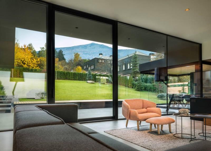 io-architects-design-a-garden-oriented-home-in-bulgaria-ShockBlast-13