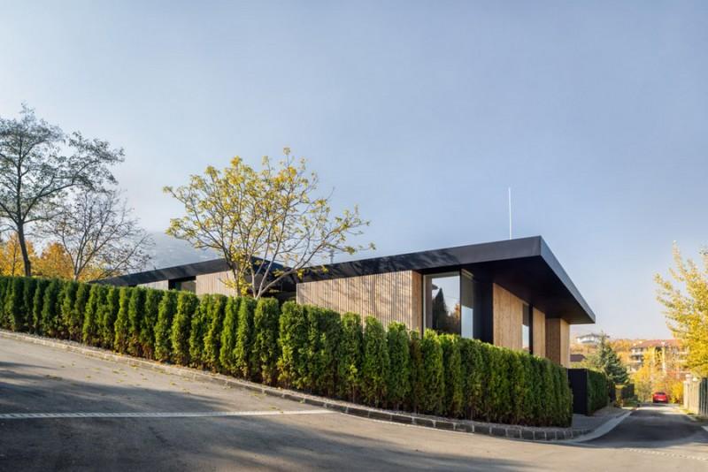 io-architects-design-a-garden-oriented-home-in-bulgaria-ShockBlast-16