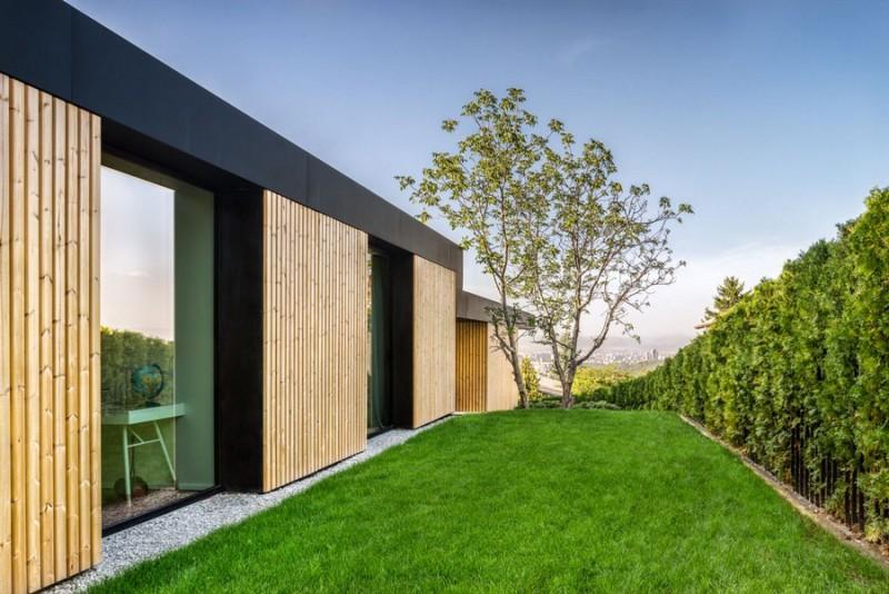 io-architects-design-a-garden-oriented-home-in-bulgaria-ShockBlast-2