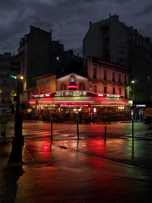 red-light-parisian-cafes-in-rainy-nights-ShockBlast-23
