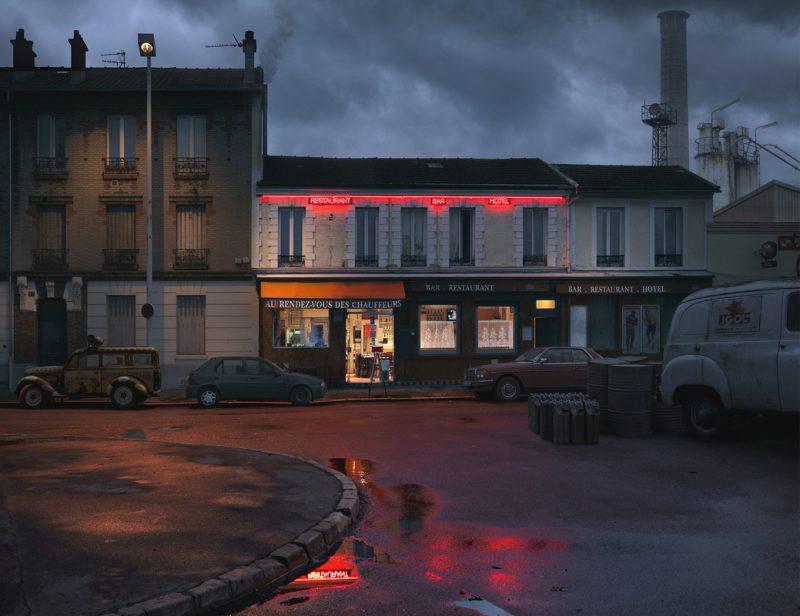 red-light-parisian-cafes-in-rainy-nights-ShockBlast-29