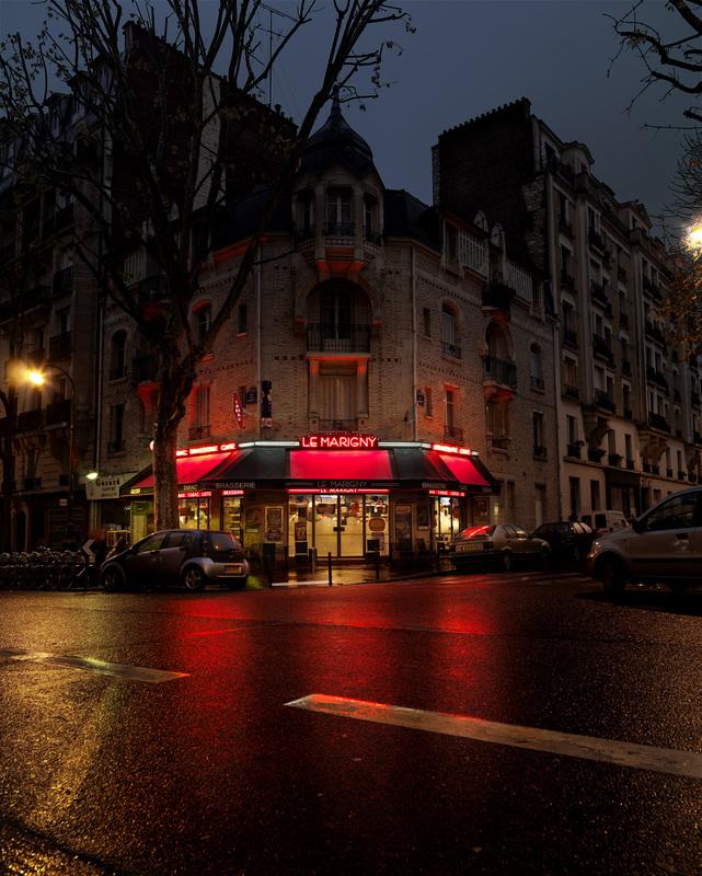 red-light-parisian-cafes-in-rainy-nights-ShockBlast-5