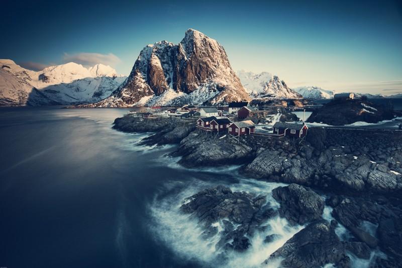 winter-at-northern-norway-lofoten-ShockBlast-1