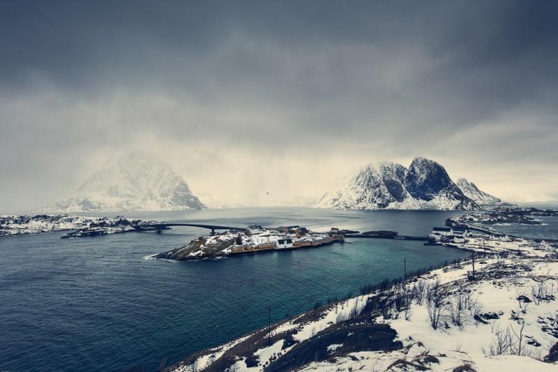 winter-at-northern-norway-lofoten-ShockBlast-7
