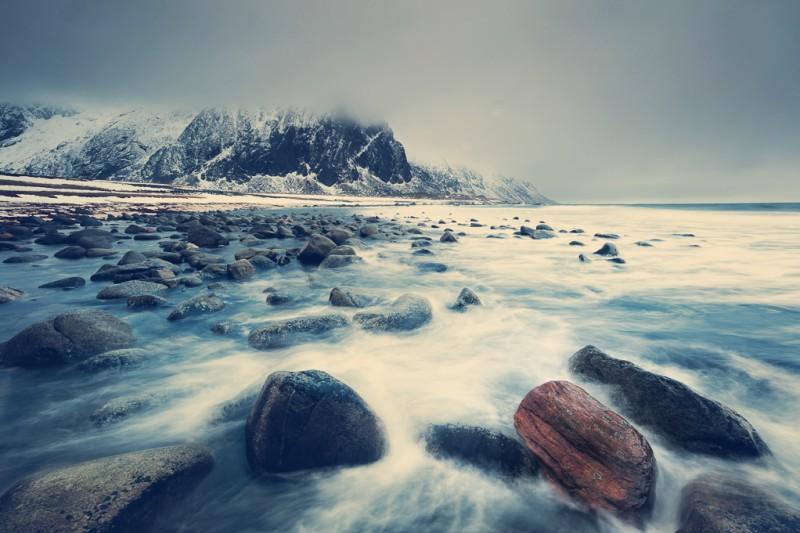 winter-at-northern-norway-lofoten-ShockBlast-8