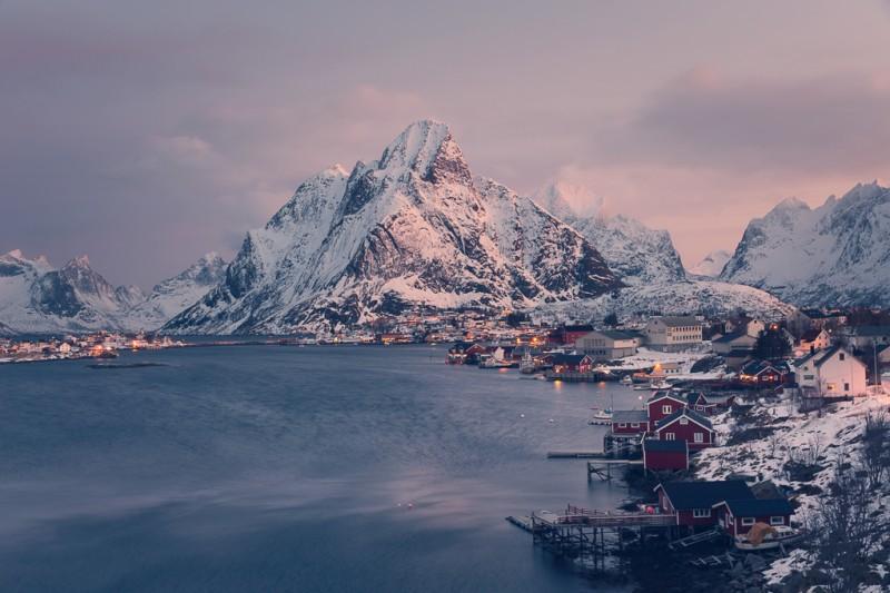 winter-at-northern-norway-lofoten-ShockBlast-9