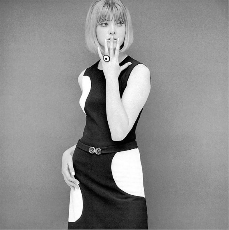 fashion-portraits-photography-60s-John-French-ShockBlast-23