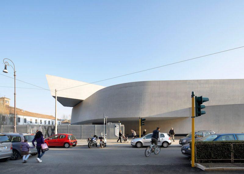 zaha-hadid-key-architecture-projects-photography-hufton-crow-ShockBlast-6