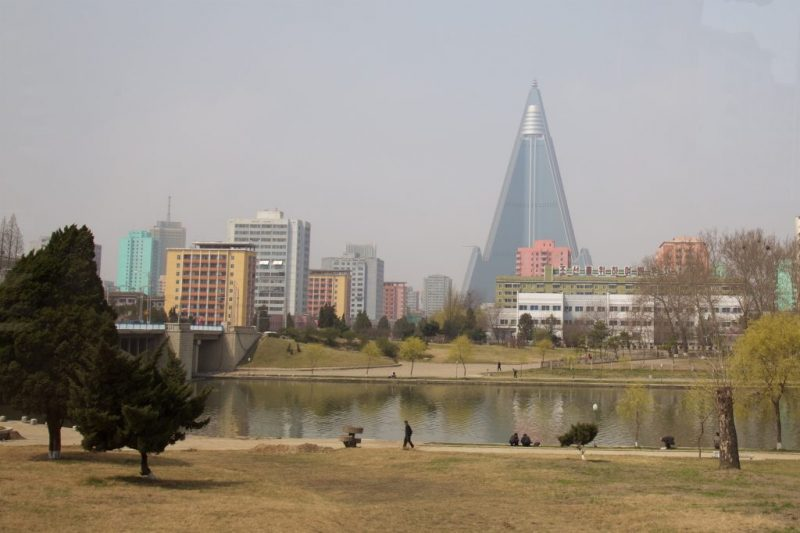 pyongyang-during-city-marathon-shockblast-15